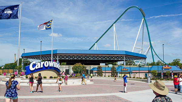 Dec 04, · This will be our family's first trip to Carowinds. We are considering going the weekend of 12/15/ Would someone please tell me if there are only .