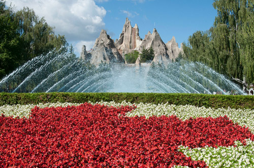 Canada's Wonderland Calendar and Hours