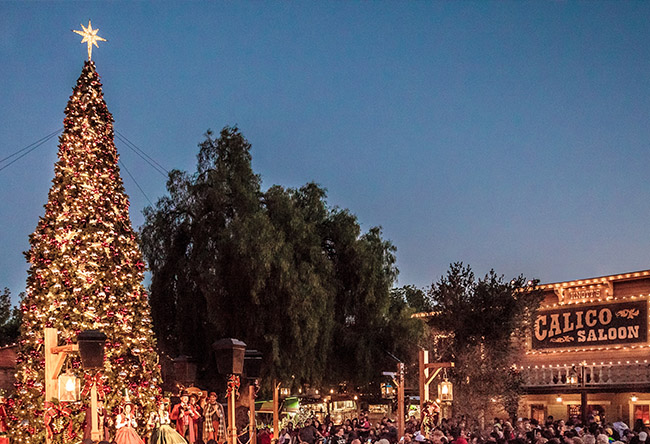 Celebrate The Holidays At Knotts Merry Farm From Nov - 6 christmas attractions you can visit year round